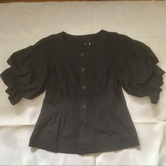 Ryu Tops - Black cotton button front puffy shirt/blouse